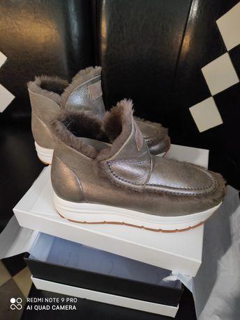 Шикарные зимние ботинки на меху Угги Ugg