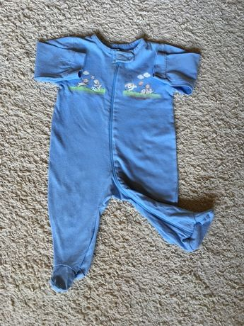Pajac chłopięcy pajacyk piżamka newborn ubranka ubranie 68
