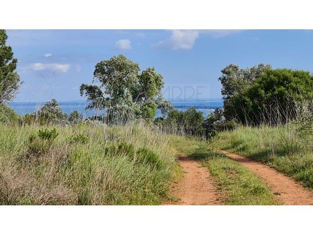 Quinta com 48ha no Parque Natural da Serra da Arrábida, e...