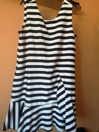 Sukienka w paski-XL