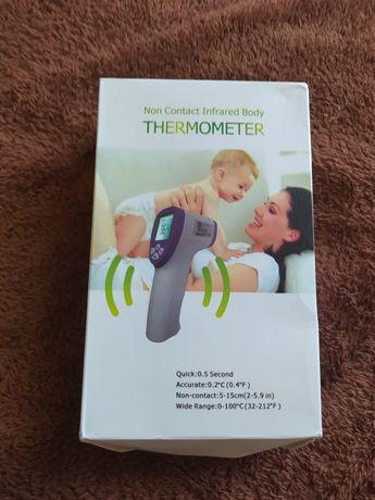 Бесконтактный электронный термометр