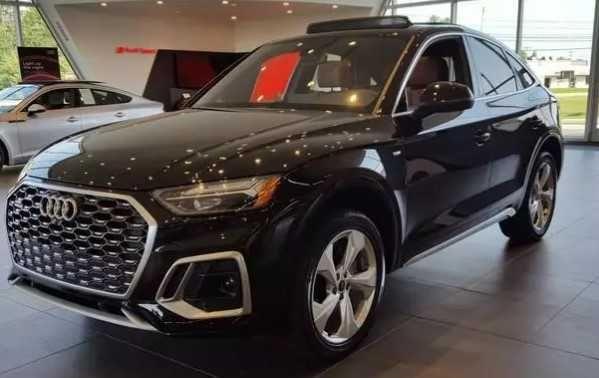 2021 Audi Q5 Premium Plus  Canada не битая