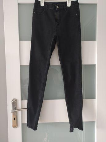 Czarne Jeansy reserved rozmiar 36