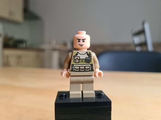 Lego Super Heroes 76003 Colonel Hardy sh079
