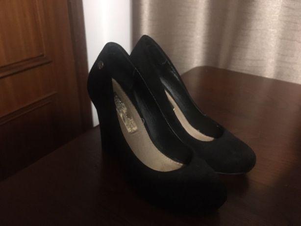 Sapato salto preto 35