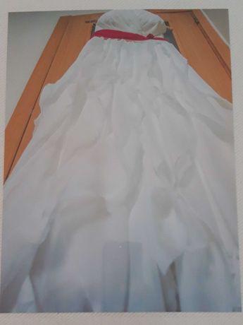 Vestido procura noiva maravilhosa