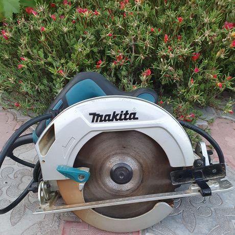 Дисковая пила Makita HS 7601