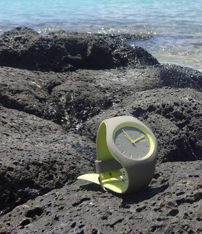 Damski dwukolorowy silikonowy zegarek - NOWY !