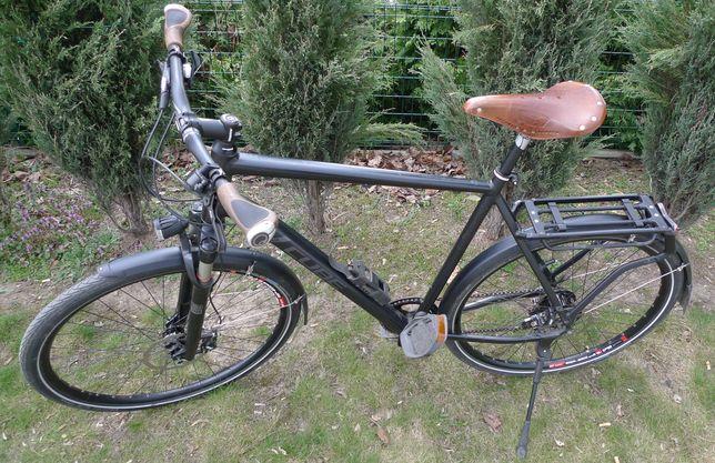 Używany rower CUBE Delhi rama 62 cm