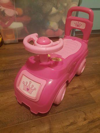 Jeździk różowy z klaksonem i bagażnikiem