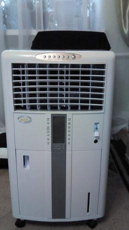Водяной воздухоохладитель продам.