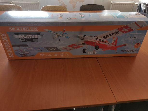 Model samolotu PILATUS PC-6 Multiplex z wyposażeniem