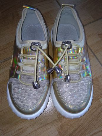 Кросівки на дівчинку, 31 розмір