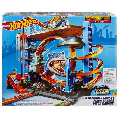 Трек Хот Вилс Hot Wheels Городской ультимейт гараж с акулой FTB69