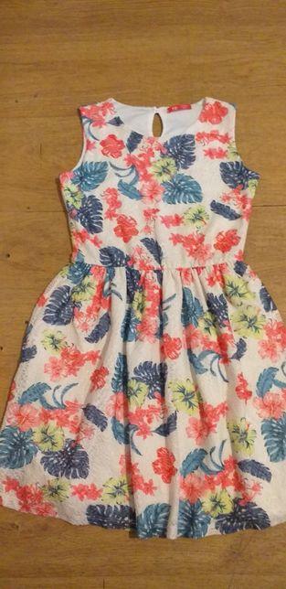 Sukienka Dziewczęca Koronka Kwiaty YD