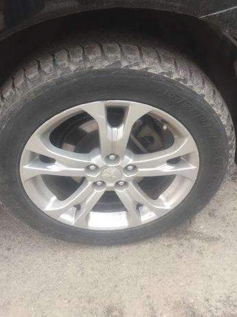 Bridgestone Blizzak DMV1 235 55 18