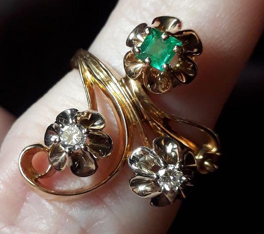 Золотое кольцо 750проба,с. с прир.бриллиантами и изумрудом