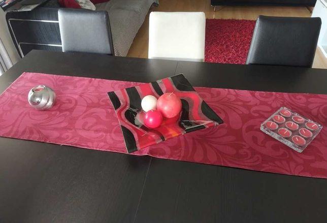 Mesa de Jantar BJUSTRA com 6 cadeiras Confortáveis e Design Elegante