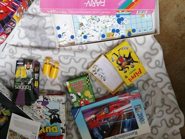 Oddam zabawki puzle gry maskotki.