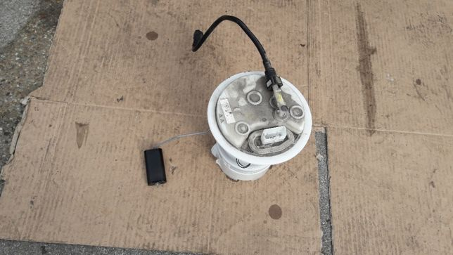Pompa paliwa ze zbiornika Peugeot 3008 1.6thp