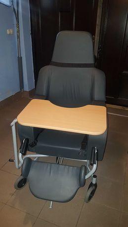Fotel specjalistyczny, wózek specjalistyczny