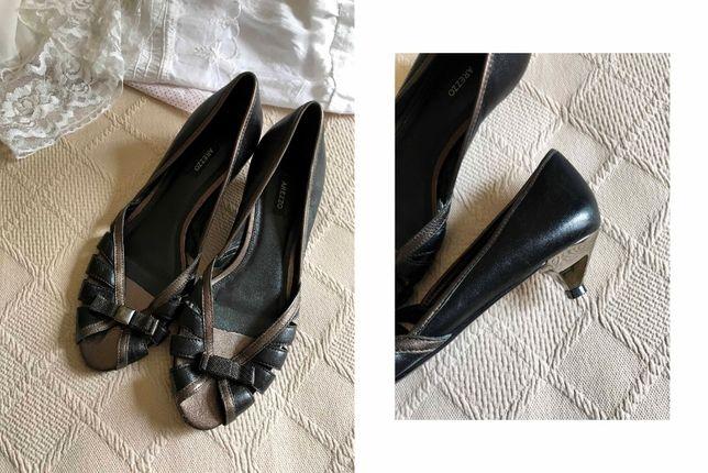 Sapatos Arezzo 40