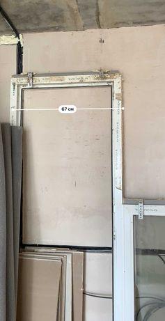 Пластикові двері\рама на балкон Rehau