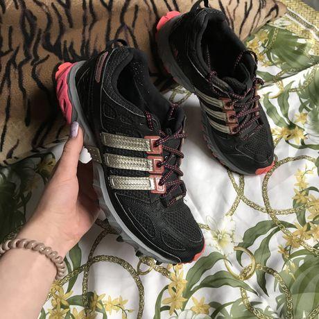 Кроссовки Adidas Kanadia Gore-tex