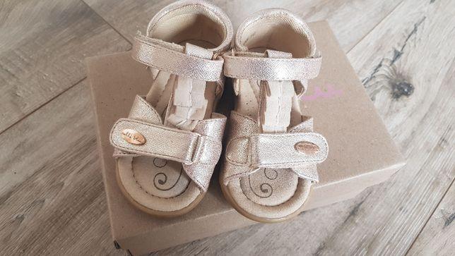 Sandałki Nelli Blu 20