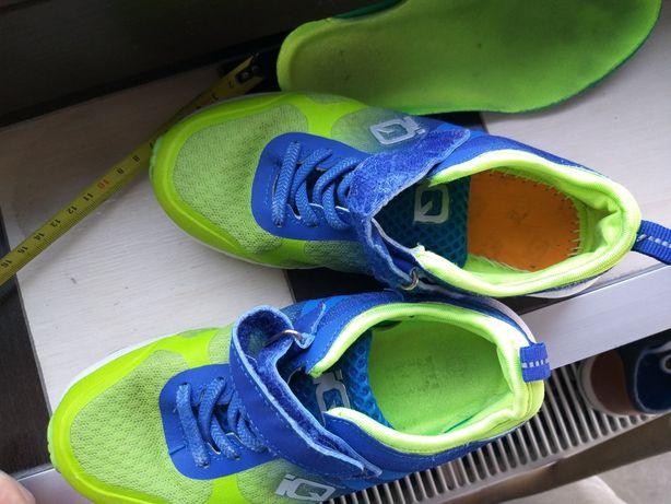 Buty typu adidas f-my IQ