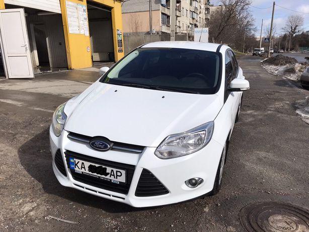 Продам автомобиль FORD FOCUS 2013