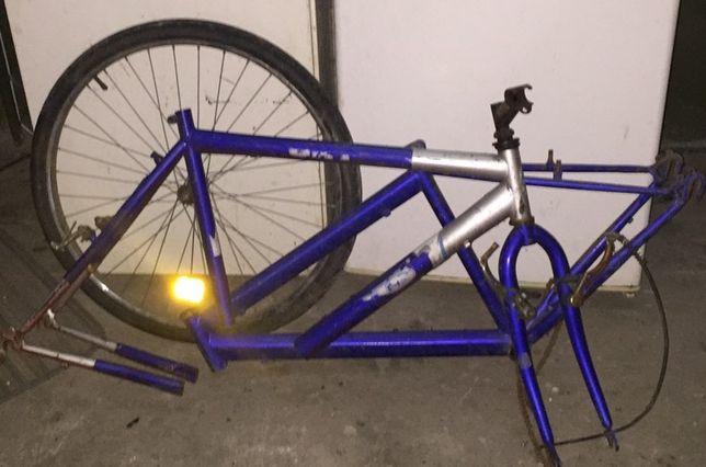 Велосипед. Под восстановление.