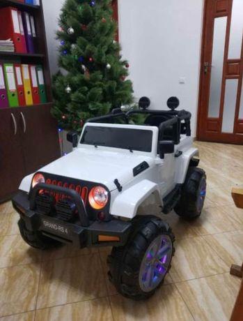 Детский электромобиль джип внедорожник белый и красный