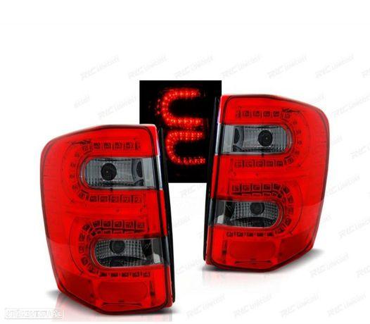 FARÓIS TRASEIROS LED CHRYSLER JEEP GRAND CHEROKEE 99-05 RED SMOKED VERMELHO FUMADO / ESCURECIDO