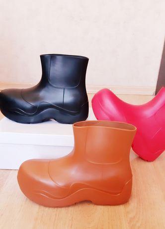 Сапожки резиновые в стиле Bottega, распродажа последних размеров