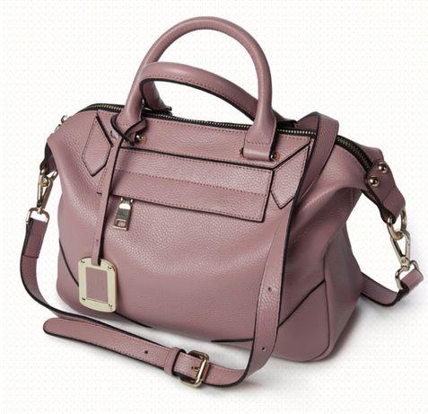 Сумка женская кожаная цвет фиалка, вместительная женская сумка.