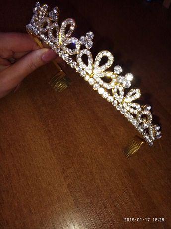 Продам корону (діадему)
