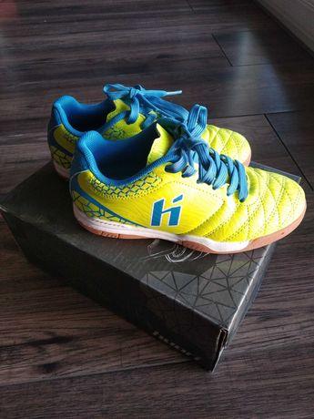 Buty sportowe chłopięce rozm 28