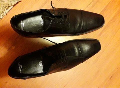 Buty męskie (skóra!) czarne,stan idealny. Rozm.45 (wkładka 29-30 cm)
