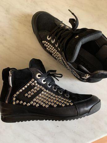 Кроссовки от Paciotti
