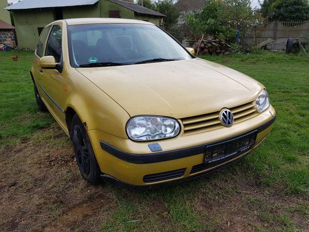 Na części Volkswagen Golf 4 IV 1.6 SR
