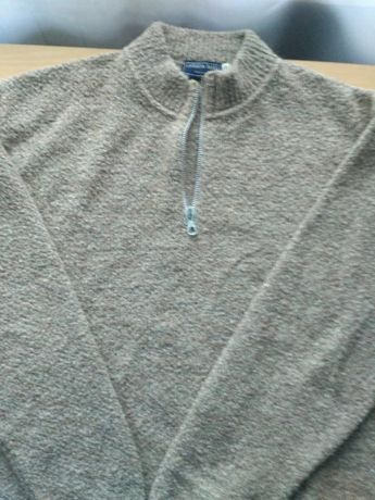 Теплый мужской свитер