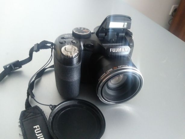 Fuji Finepix s2500hd