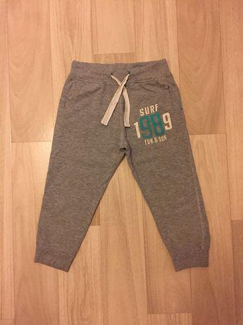 Спортивные штаны RESERVED 5-6 лет 110-116 см