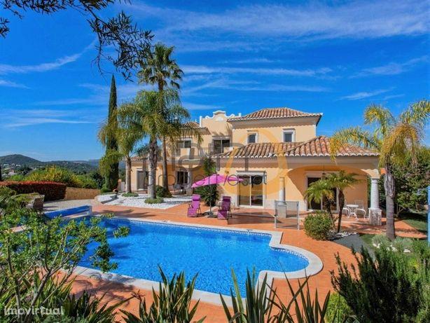 Moradia com 6 quartos, piscina privada e vista mar em Val...