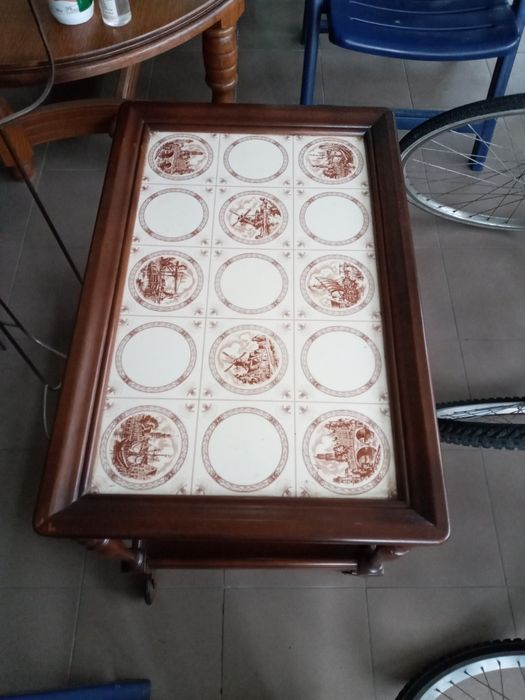 Оригінальний деревяний столик Виноградов - изображение 1