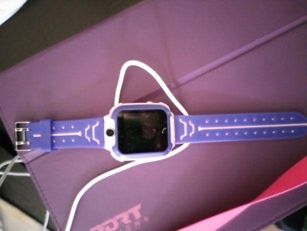 Relógio smartwatch com telefone