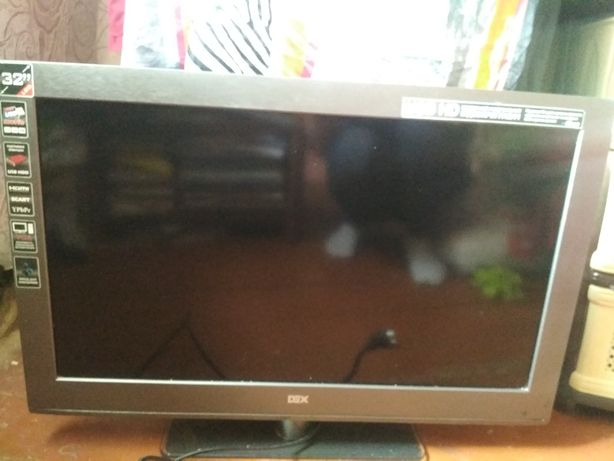 Телевізор Dex LT-3240