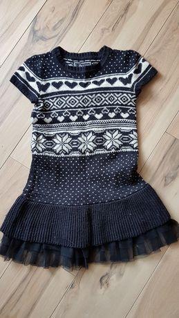 Ciepła sukienka dzianinowa dla 9 latki