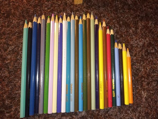Карандаши цветные 26штук -20грн.
